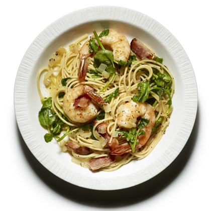 Whole-Wheat Spaghetti with Bacon, Shrimp, and Watercress