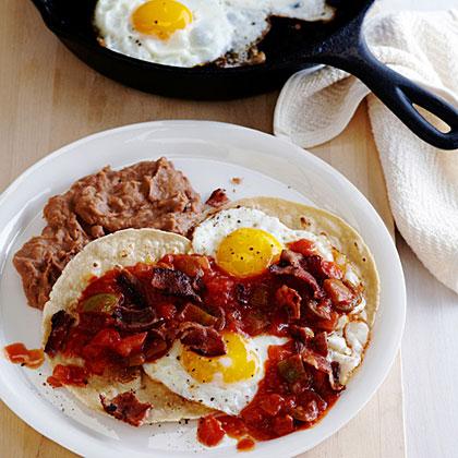 Huevos Rancheros con Bacon Recipe