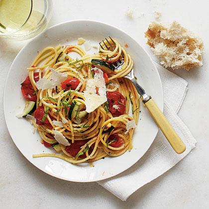 Burst Tomato and Herb Spaghetti