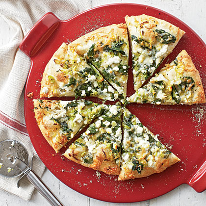 Three Cheese-and-Spinach Pizza Recipe