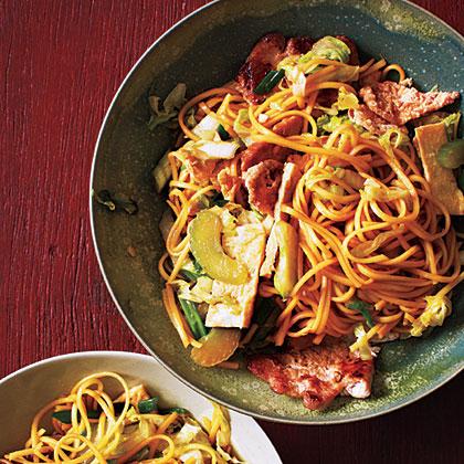 Indonesian Stir-Fried Noodles (Bakmi Goreng) Recipe