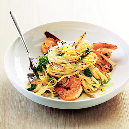 Shrimp Linguine with Ricotta, Fennel, and Spinach Recipe