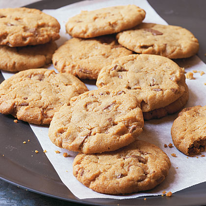 Peanut Butter-Toffee Chunk Cookies Recipe