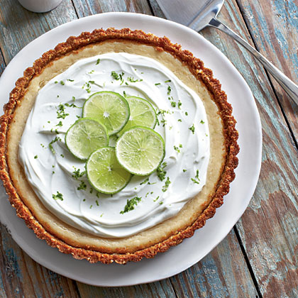 Key Lime Pie with Raspberry Sauce