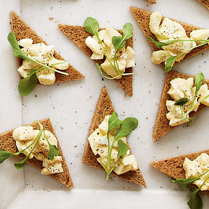 Smoked Egg Salad Toasts