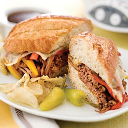 cheesesteak-sandwich-sl-1704032-x.jpg