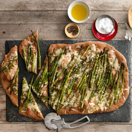 <p>Roasted Asparagus and Fontina Pizza</p>