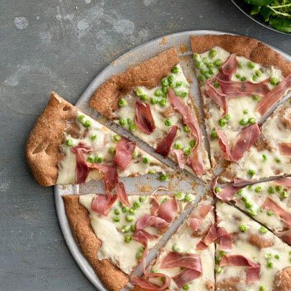 <p>Carbonara Pizza</p>