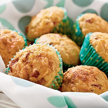 Bacon-Cheddar Corn Muffins Recipe