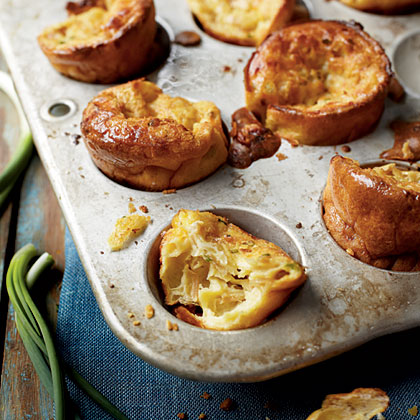 Caramelized Onion and Swiss Popovers Recipe