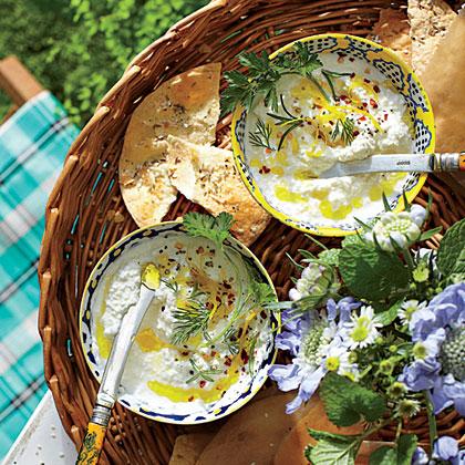 <p>Buttermilk-Ricotta Cheese Dip</p>