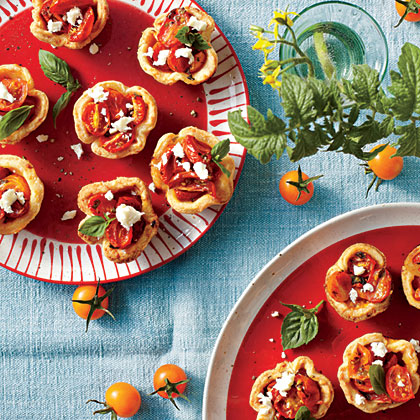 sl-Cheese Straw Tomato Tartlets
