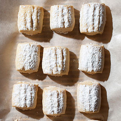 Butter Cookies with Clove SugarRecipe