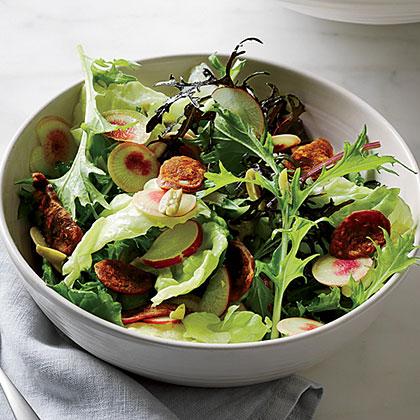 Green Salad with Chorizo Chips