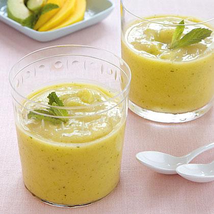 Creamy Mango, Avocado, and Lime Smoothie Recipe