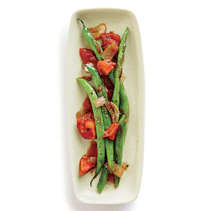 Green Beans with Stewed Tomatoes and Spices Recipe