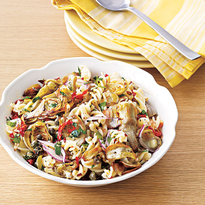 Artichoke and Sun-Dried Tomato Pasta Salad