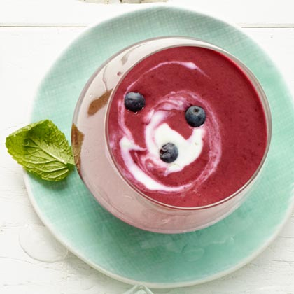 <p>Blueberry and Yogurt Soup with Lime Swirl</p>