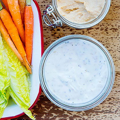 Zaatar Yogurt Dip and Vegetables