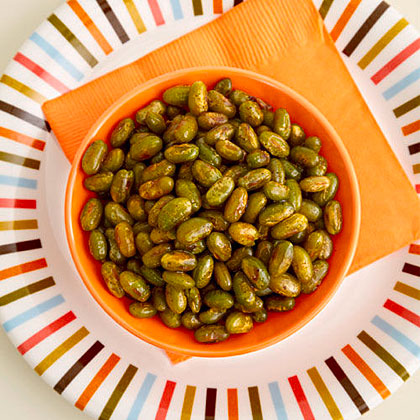 Crunchy Edamame RecipeFour ingredients combine in this spicy 90 calorie snack. Omit the chili powder for a milder taste. Or add more to bump it up.