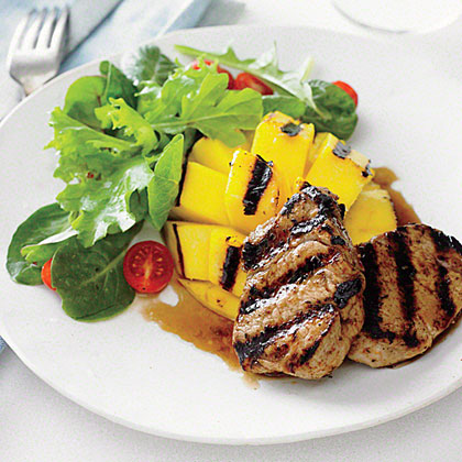 <p>Grilled Pork with Mango and Rum Sauce</p>