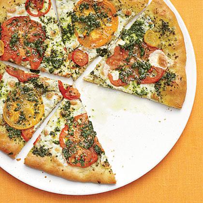Fresh Mozzarella, Heirloom Tomato, and Basil Pizza Recipe