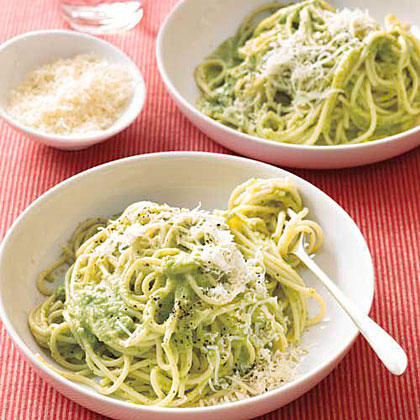 recipe:Spaghetti with Creamy Broccoli Pesto