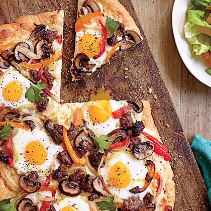 Breakfast Sausage-Egg Pizza