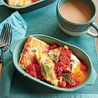 Country Ham and Gouda Grit Cakes with Tomato Gravy
