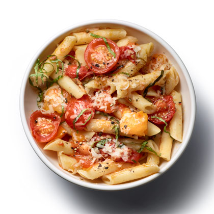 <p>Pasta with No-Cook Tomato Sauce</p>