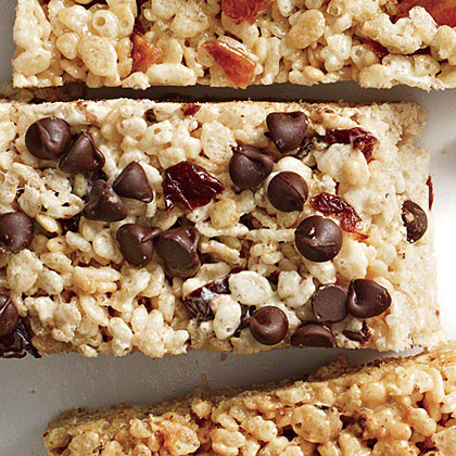 Cherry-Chip Chewy Crispy Bars Recipe