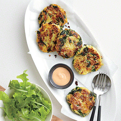 Pair a basic side salad with tasty Spaghetti Squash Fritters with Sriracha Mayonnaise for a simple, flavorful meatless meal.Spaghetti Squash Fritters with Sriracha Mayonnaise