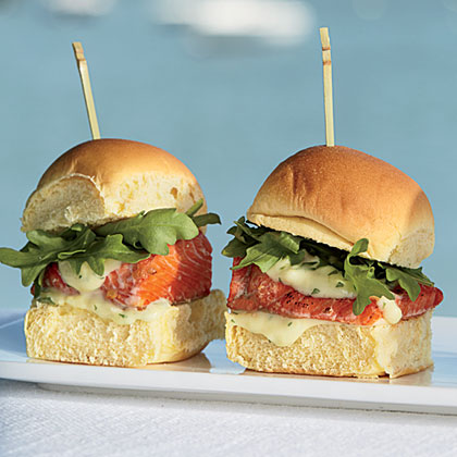 Sockeye Sliders with Wasabi-Ginger Aïoli Recipe
