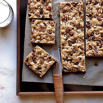 Chocolate-Chip-Pecan Cookie Bars