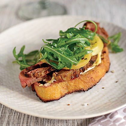 Open-Face Steak Sandwich with Pickled Green TomatoesRecipe