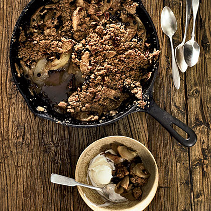 Skillet-Baked Pear-and-Apple Crisp Recipe