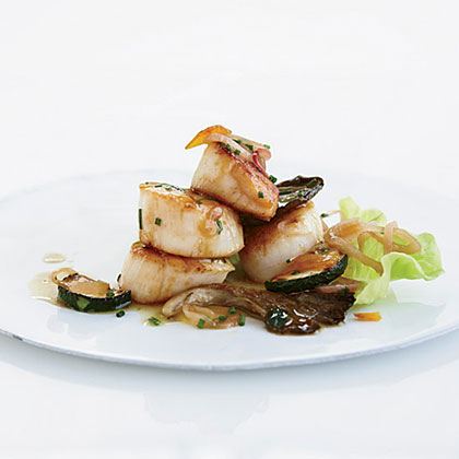 Warm Scallop Salad with Mushrooms and Zucchini Recipe
