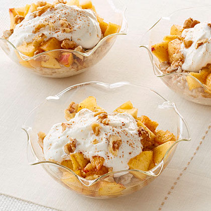 Peach Oatmeal Yogurt Parfait