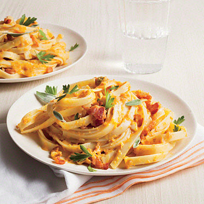 Fettuccine with Pumpkin Sauce Recipe