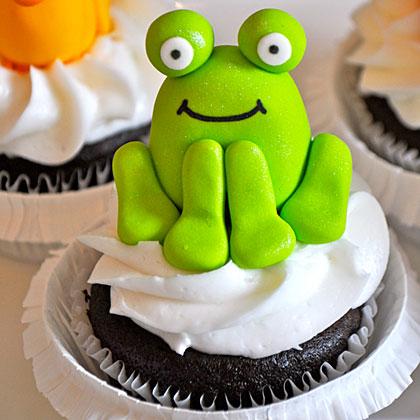 Brown Bear Cupcake Closeup