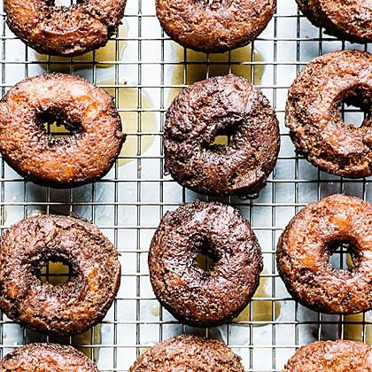glazed-cider-doughnuts-su-x.jpg