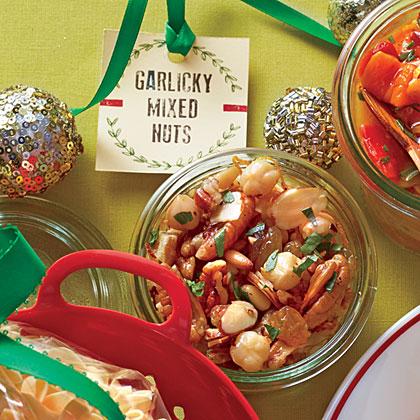 Garlicky Mixed Nuts