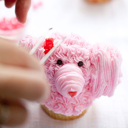 How to Make Poodle Cupcakes