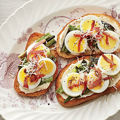 Country-Ham-and-Egg ToastsRecipe