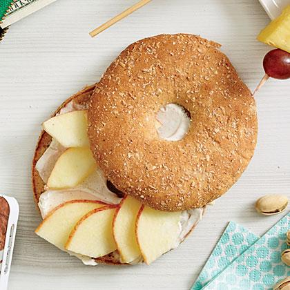 Apple-Cinnamon Bagel