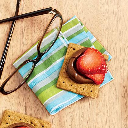 Strawberry-Hazelnut Graham