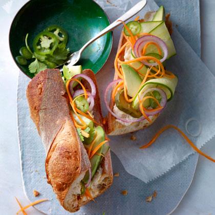 Mixed-Veggie Bánh Mì
