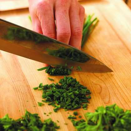 How to Chop Chives
