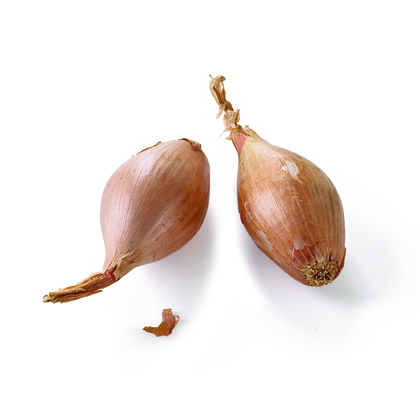 How to Easily Peel a Shallot