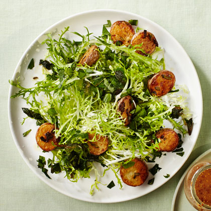 <p>Mixed Herb and Frisée Salad with Roasted Potatoes</p>
